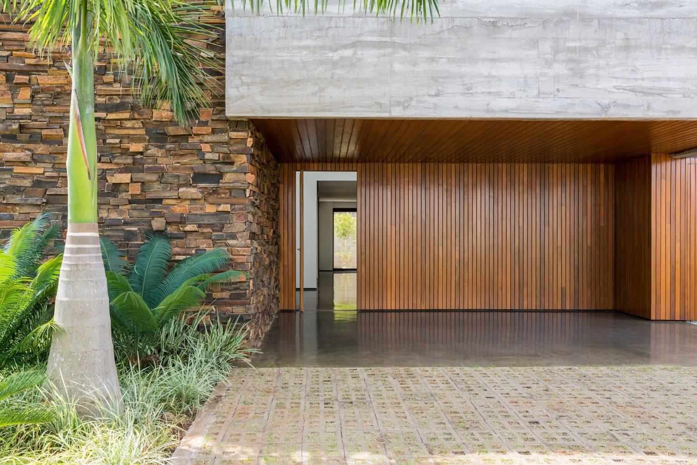 alpha-house-uabi-architecture-brazil-usa_dezeen_2364_col_13